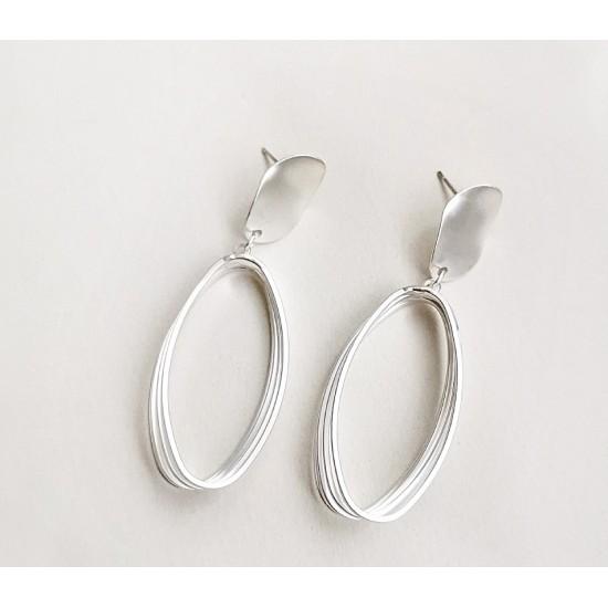 1401.96 Серьги длинный овал серебро