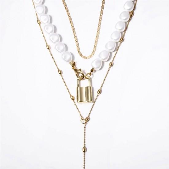 1605.95 Ожерелье тройное жемчуг замок